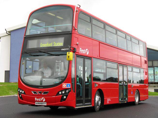 Londres resucita sus autobuses de dos pisos sin puerta en versi n ecol gica - Autobuses de dos pisos ...