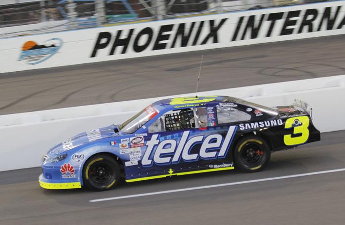 Los autos del telcel racing ya ruedan en phoenix for Motores y vehiculos phoenix
