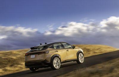 Nissan Ariya no solo reinventa lo que podría ser un vehículo eléctrico, sino también cómo debería sentirse la gente al conducirlo.