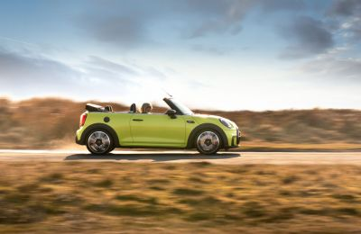 MINI Convertible five-time winner at Auto Express Awards 2021