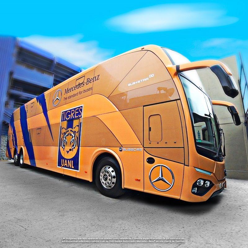Mercedes-Benz Autobuses llega al volcán con el nuevo autobús que trasladará a Los Tigres de la UANL
