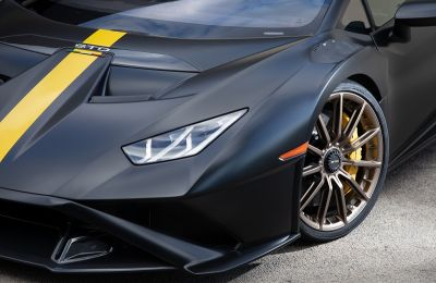Lamborghini Huracán STO - Bridgestone Potenza Race