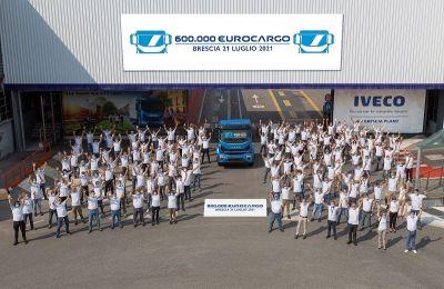 IVECO celebra el Eurocargo número 600.000 fabricado en su emblemática Planta de Brescia
