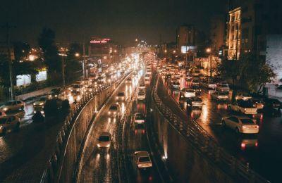 Tráfico de autos Unsplash