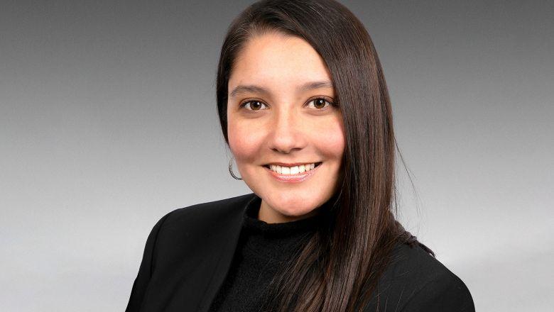 Karina Muñoz, especialista en ventas Automotriz en tesa México